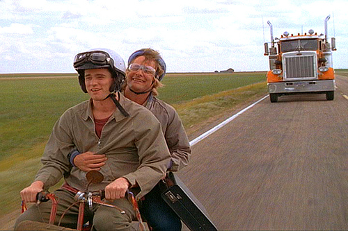 dumb-and-dumber-70-miles-to-the-gallon