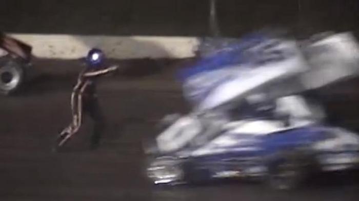 chi-warning-graphic-nascars-stewart-hits-ward-jr-in-race-20140810